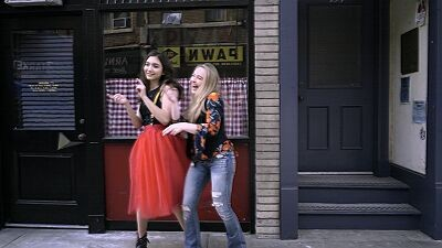 Girl Meets Hollyworld