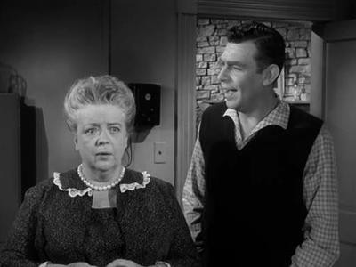 Aunt Bee's Invisible Beau