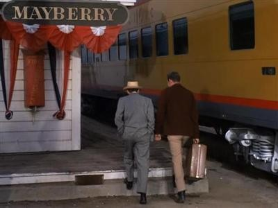 Barney Comes to Mayberry